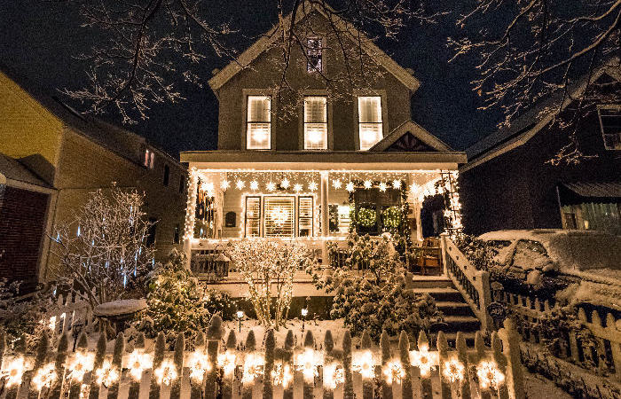 8 Best Decorated Homes in Buffalo for the Holidays