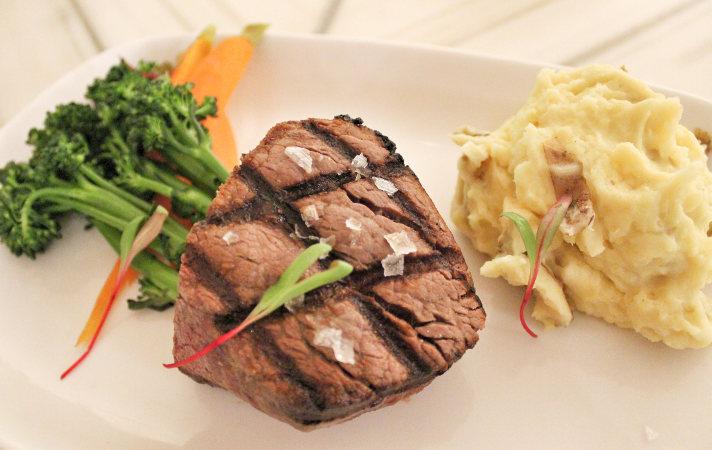The Western Door Steakhouse at Seneca Niagara Resort & Casino