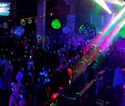 80s, 90s, 00s Silent Disco of the Decades!