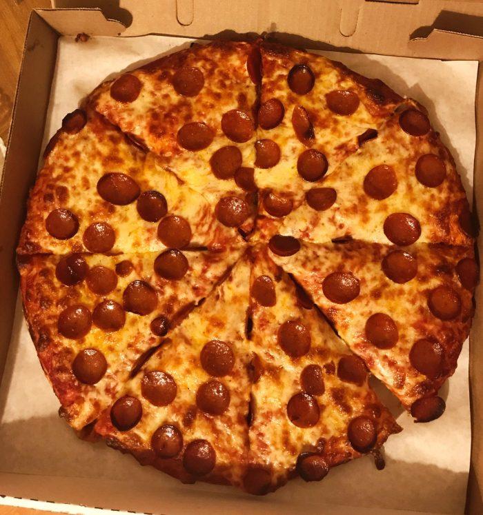 DiPaulo's Pizzeria / Photo x Buffalo Pizza Blog