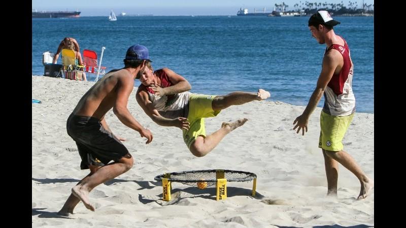 Woodlawn Wednesday's Summer Spikeball League