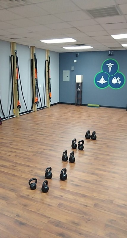 Clinic-wall-graphic-ropes-and-kbs-1