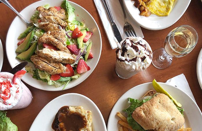 FYI You Can Get 24/7 Brunch at Gardenview Restaurant