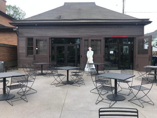 Statler Café at the Martin House