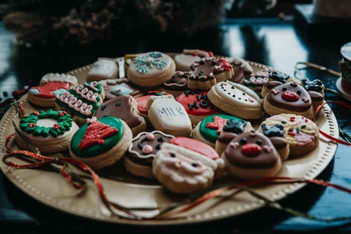 Cookie Decorating at Mundy Cakes makes the perfect treats for a chilly day in Buffalo