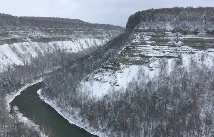 6 Winter Hiking Spots in WNY to Embrace the Chill