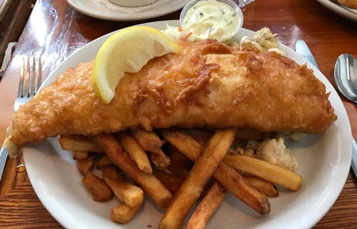 9 Iconic Fish Frys Spots Around WNY
