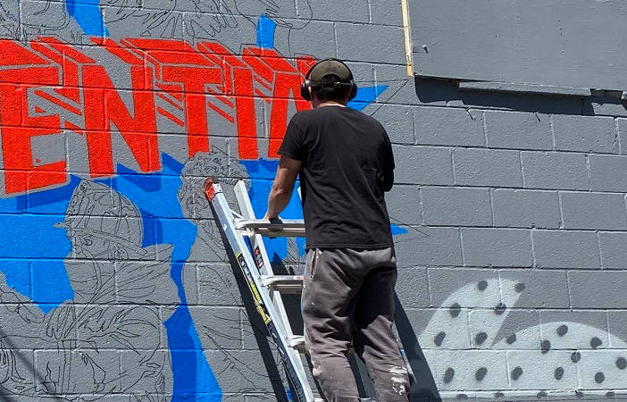 New Mural: This Hertel Alley Mural by Chuck Tingley Honors Essential Workers