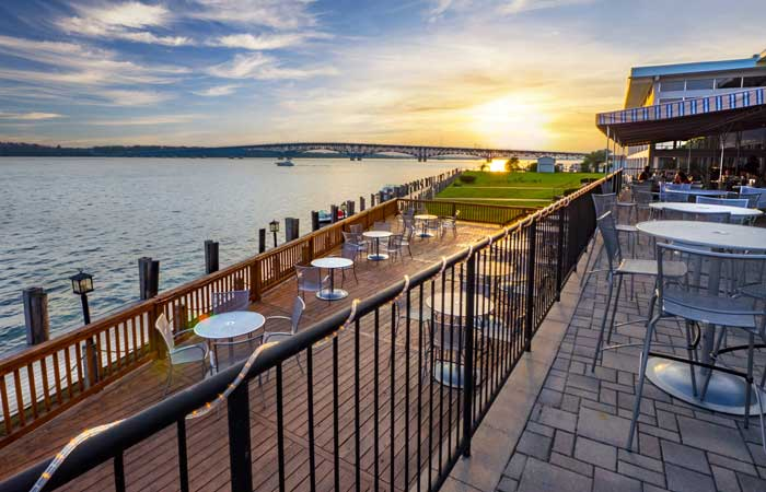 Guide to Restaurant Patios with Waterfront Views