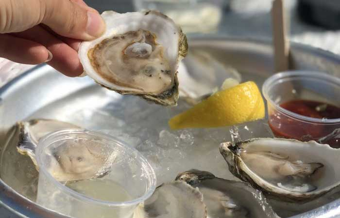 15 Of The Best Places To Get Fresh Oysters In WNY