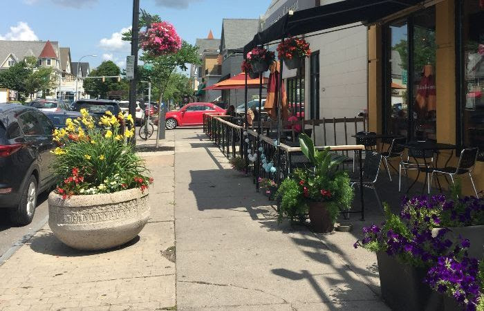 3 Reasons to Explore the Elmwood Strip This Summer