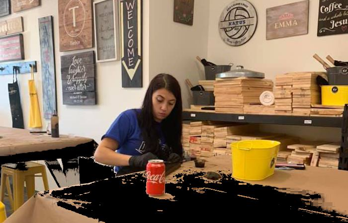 New: Board & Brush Creative Studio Offers DIY Workshops in Kenmore