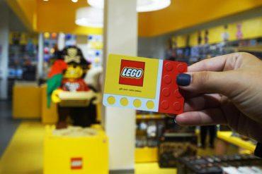 Walden Galleria Lego Store