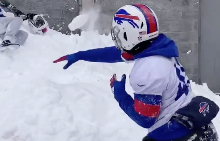 Watch The Bills Having A Snowball Fight After Practice