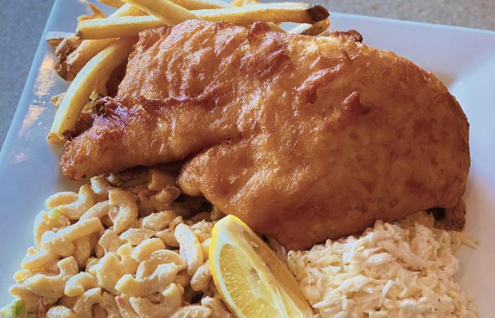 10 Unsuspecting Spots to Grab a Fish Fry During Lent