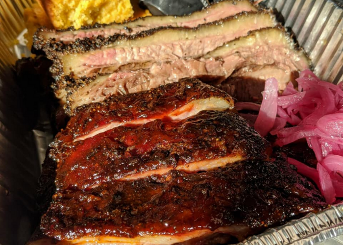 7 Places to Get (Cheap) Drool-Worthy BBQ