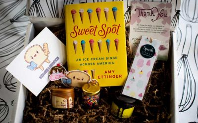 CLOSED: Enter to Win a Read It & Eat Subscription Box from Bookmarks & Breadsticks